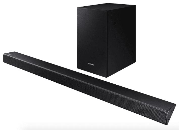 Best Powerful: Samsung 2.1 Soundbar HW-R550